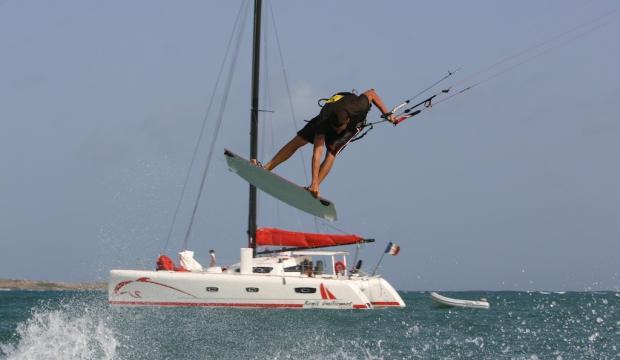 Catamaran kite