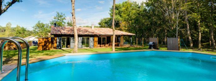 maison-piscine-924-350