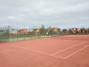 tennis court surf Camp Fuerteventura