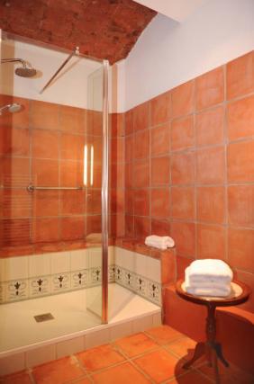 Room 4 salle de bain 2