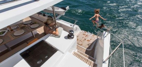 catamaran-helia44