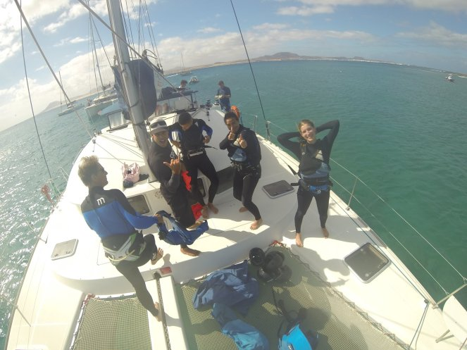 Catamaran :Kitesurf school3