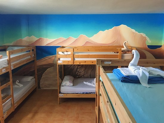 CBCM Surf Hostal-fuerteventura-room 8-bed-