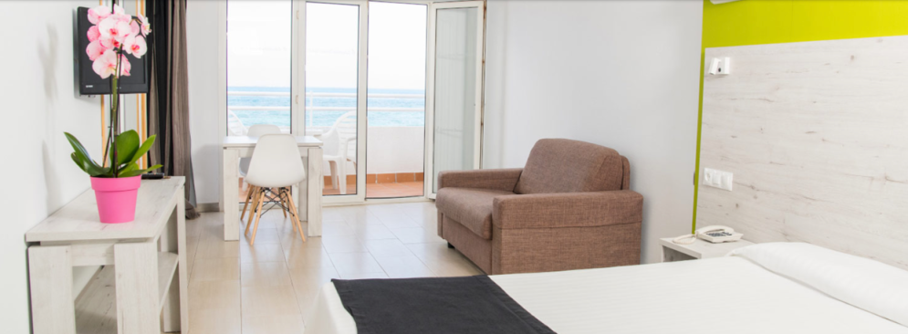 Surf, Kite & Yoga Camp sea view Fuerteventura Room sea